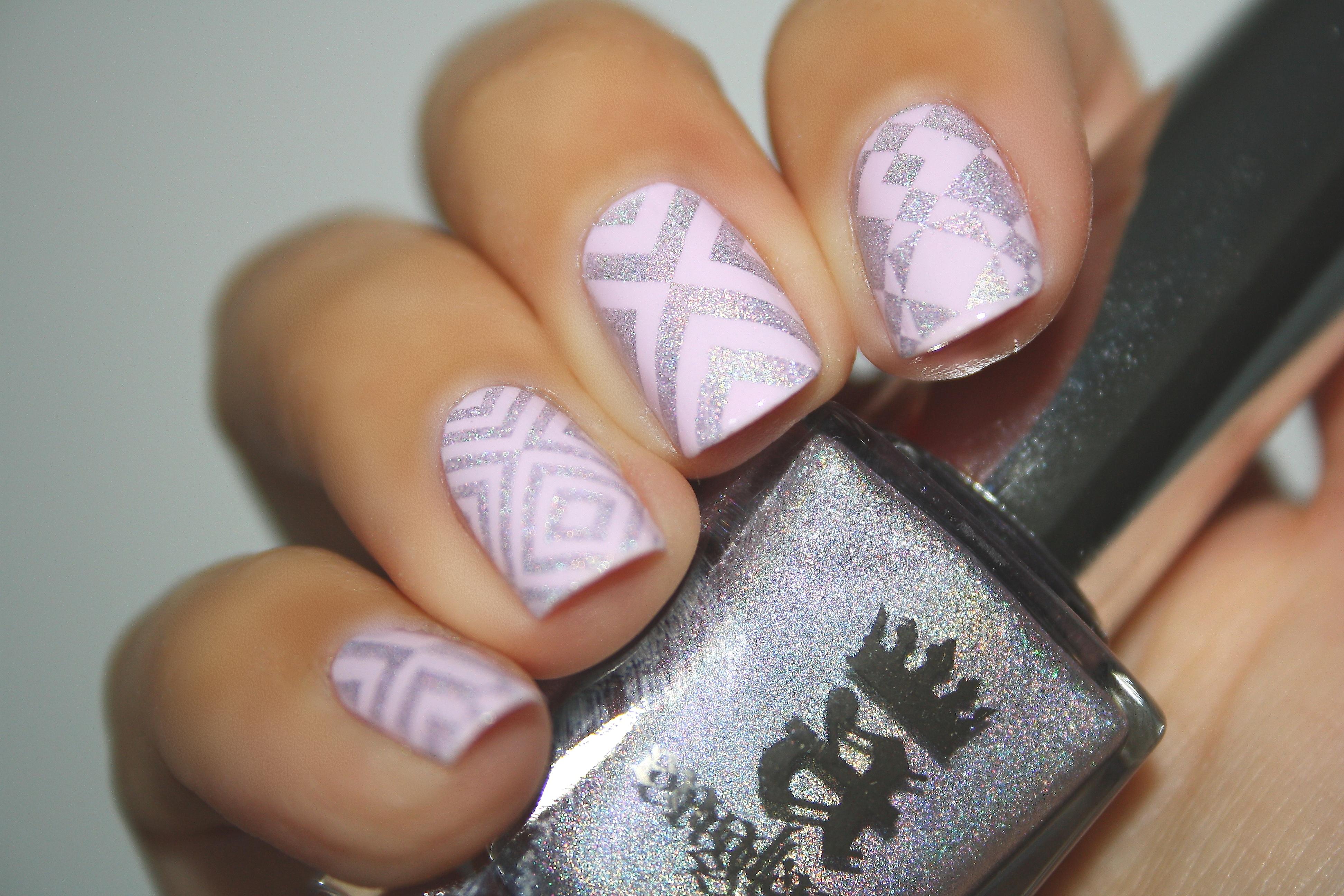 Go ginza essie fonteyn aengland un nail art printanier nail art by nails ink - Nail art discret ...