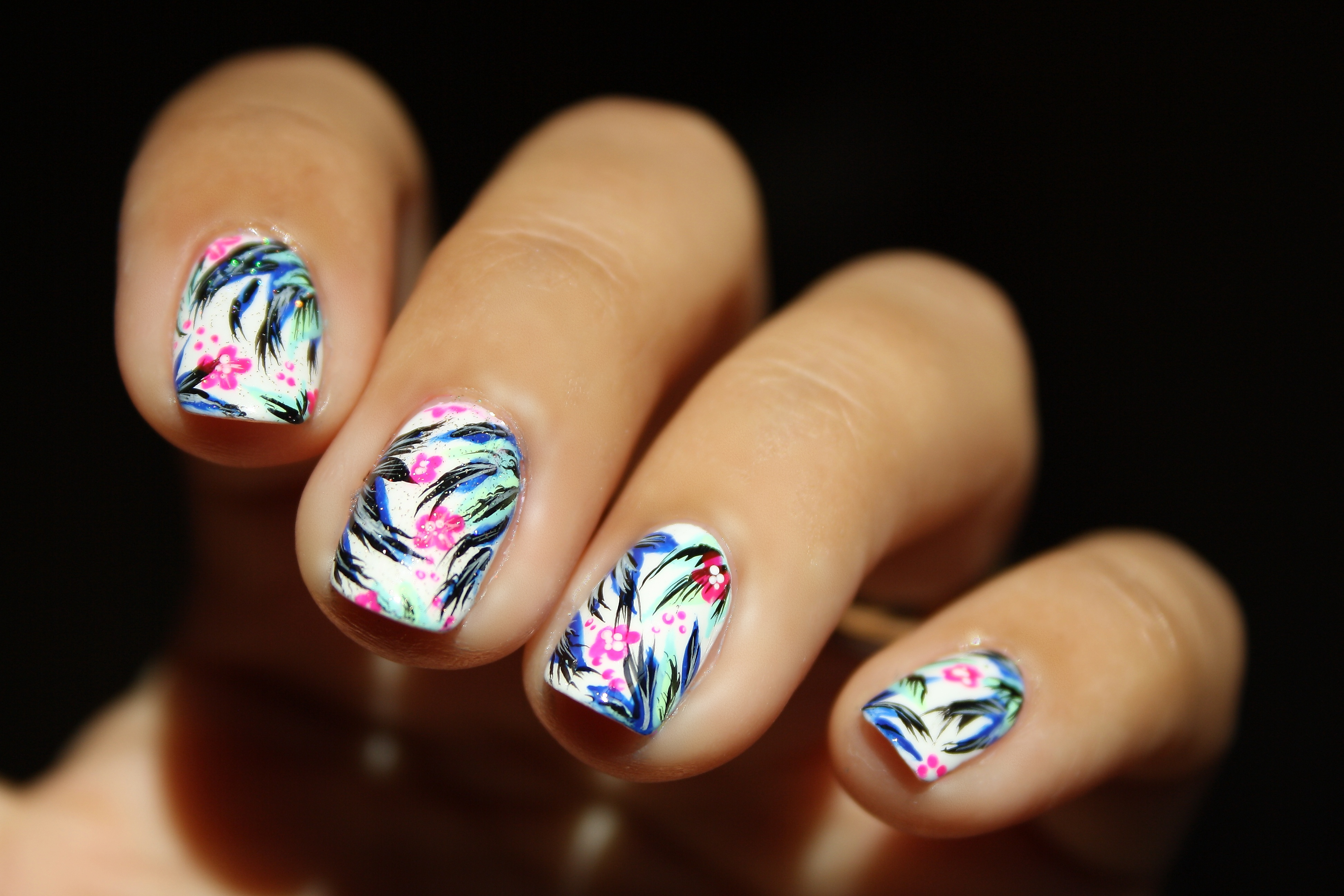 Nail Art Blanc. Stunning Painted My Nails Two Coats Of Essie Blanc ...